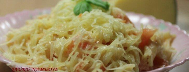 Pietūs per 10 minučių: makaronai su pomidorais
