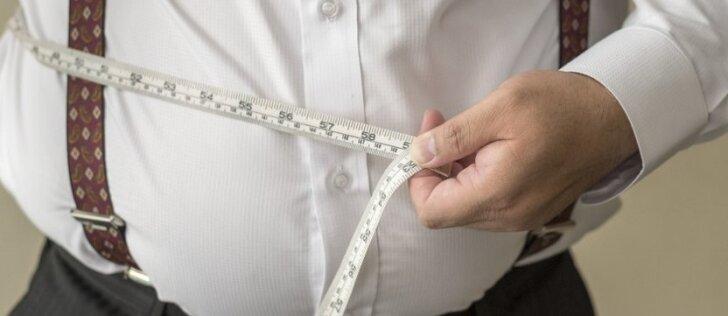 Aštuoni būdai numesti svorį nekeičiant savo įpročių