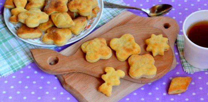 Nesaldūs sūrio sausainiukai