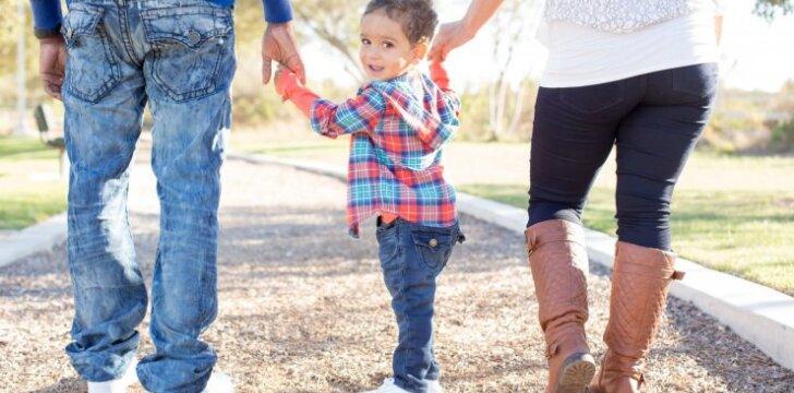 Išsiskyrusi mama: pradėjus gyventi su draugu, pasikeitė vaiko elgesys