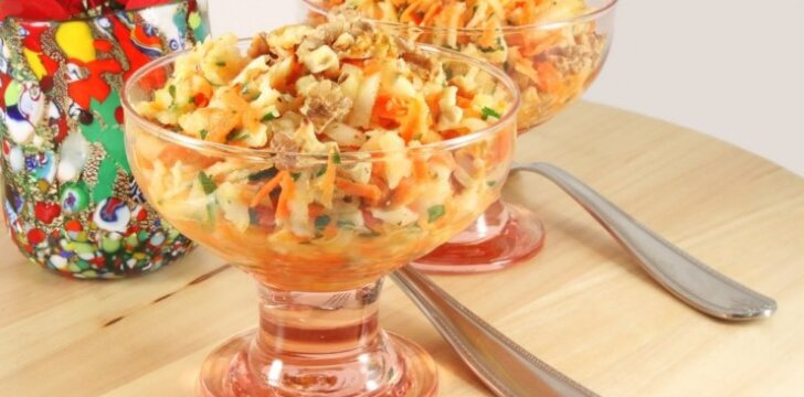 Morkų ir topinambų salotos