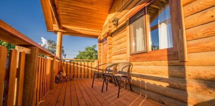 Medinis namas: mediena ir jos priežiūra