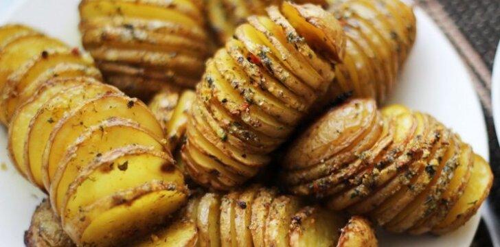 """2 ypatingi receptai iš bulvių visai šeimai <sup style=""""color: #ff0000;"""">FOTO</sup>"""