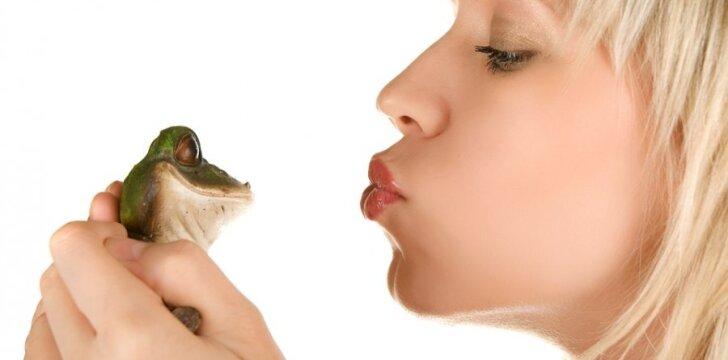 Bučiuoti ar nebučiuoti - štai kur klausimas...