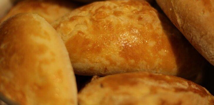 """Skanieji pyragėliai su bulvėmis ir kopūstais <sup style=""""color: #ff0000;"""">(FOTO)</sup>"""