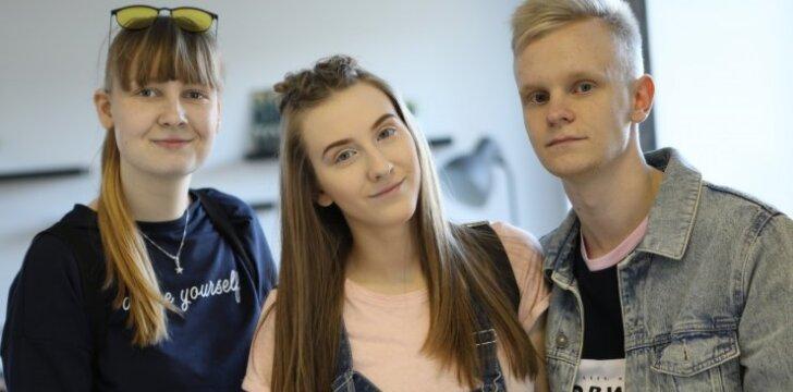 """Populiariųjų """"vlogerių"""" trijulė - Dejmukas, Edvinas Fruktas ir Džestina šiandien pradeda turą po Lietuvą!"""