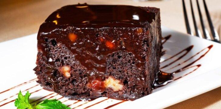 Šokoladinis keksas su riešutais