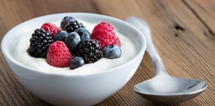 Kaip pasigaminti naminį jogurtą