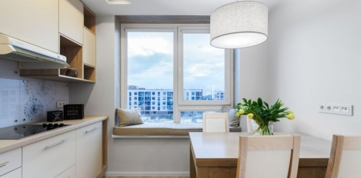 84 kv.m. jaunos šeimos butas Vilniuje su ypatingu virtuvės sprendimu