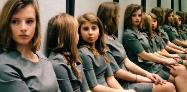"""Keista nuotrauka: <span style=""""color: #c00000;"""">niekas nežino,</span> kiek iš tiesų mergaičių čia matosi"""