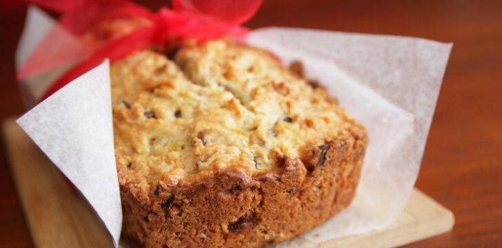 Kvapnioji riešutų duona
