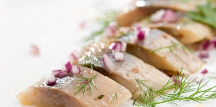 Kaip išsirinkti skanią silkę ir kitą žuvį Kūčių stalui?