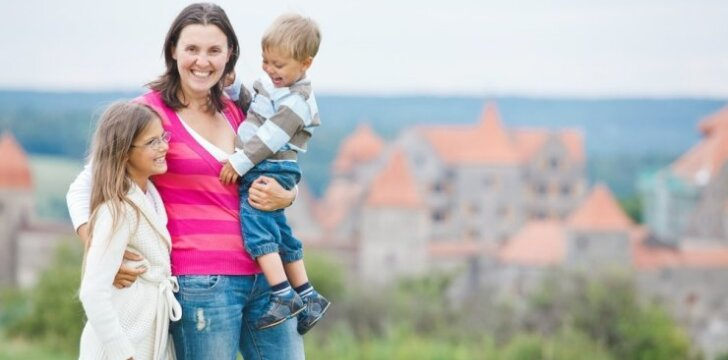 """Paaiškėjo, kurioje pasaulio šalyje yra geriausia būti mama <sup style=""""color: #ff0000;"""">Lietuvos vieta reitinge</sup>"""