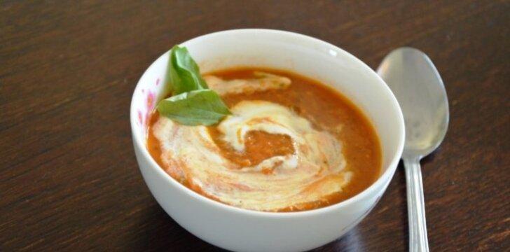 """<span style=""""color: #ff0000;"""">Naikinam pomidorų derlių:</span> gardžioji trinta sriuba"""