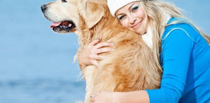 Moteris su šunimi: ar išties daugiau galimybių pažintims?