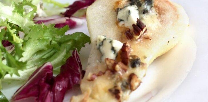 Kriaušės su sūriu