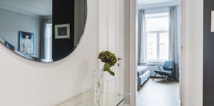 84 kv.m butas Vilniaus senamiestyje: įkvepiantys pokyčiai