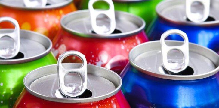 Energiniai gėrimai nekenkia, kol neišgeriate daugiau nei 1 litro per dieną