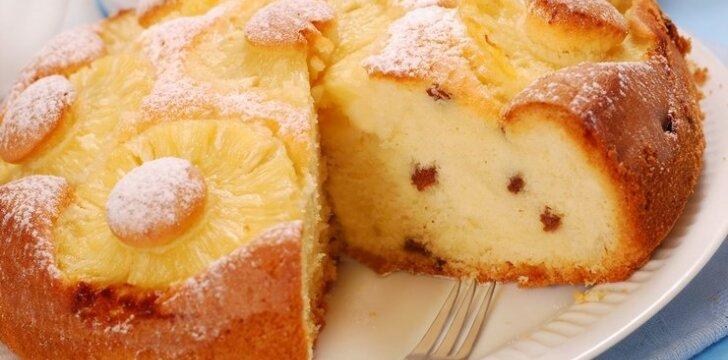 Belgiškas pyragas su ananasais