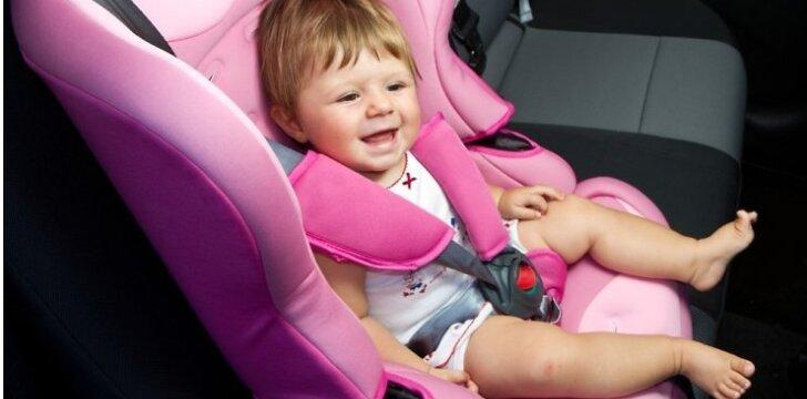 """<span style=""""color: #ff0000;"""">Neįtikėtina:</span> 2 metų mažylė atpažįsta visus automobilius <sup style=""""color: #ff0000;"""">VIDEO</sup>"""