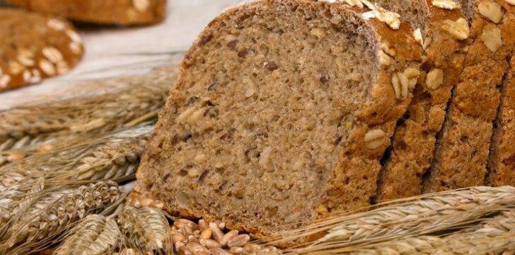 Ruginė naminė bemielė duona (su raugu)
