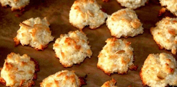VIENS-DU: Kokosiniai sausainiai
