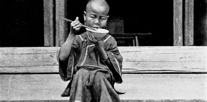 Kaip vaikus auklėjo senovės kinai ir romėnai: nuo kai kurių papročių šiaušiasi plaukai