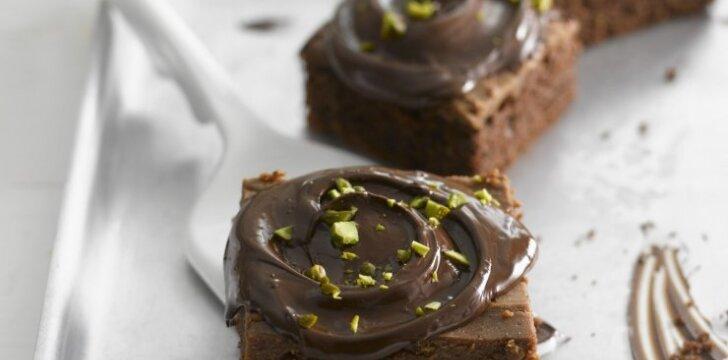 Naminiai šokoladiniai pyragėliai