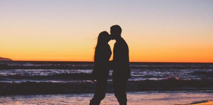 Tavo amžius nuo 15 iki 20 m.? Privalai žinoti šiuos 10 dalykų apie santykius