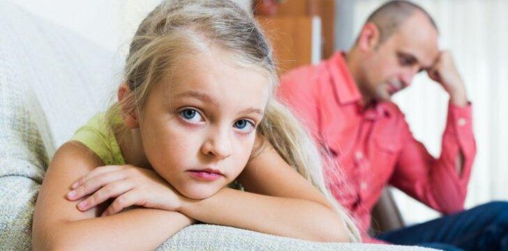 Juozas: padėkite – nesutariu su mylimosios vaikais