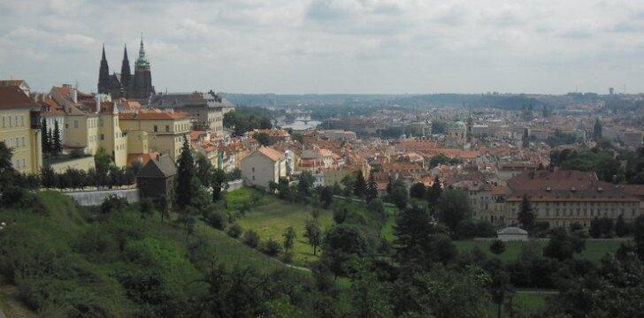 Prahos vaizdas nuo vienuolyno vynuogyno