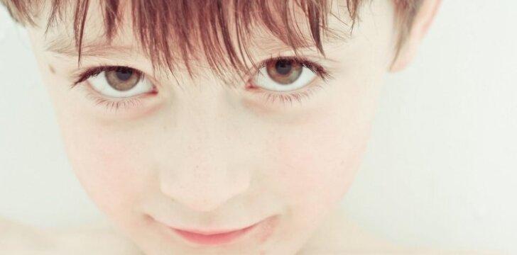 Labai svarbi savybė, be kurios neišgyventume: kodėl tėvai ją nori <em>išmušti</em> vaikams