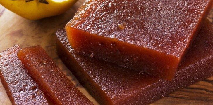 ATRADIMAS: obuolių sūris su cinamonu