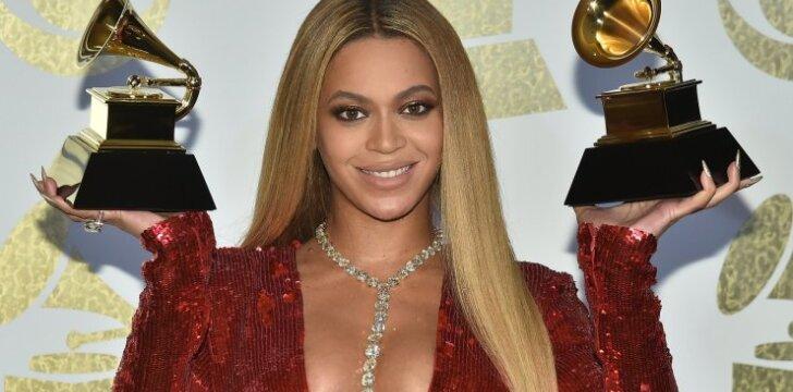 Beyonce paviešino pirmąją dvynukų nuotrauką
