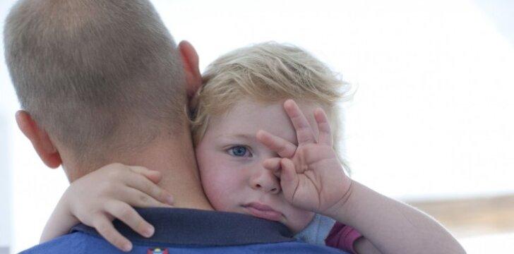 Mirė artimas žmogus: kaip apie netektį kalbėti su vaiku