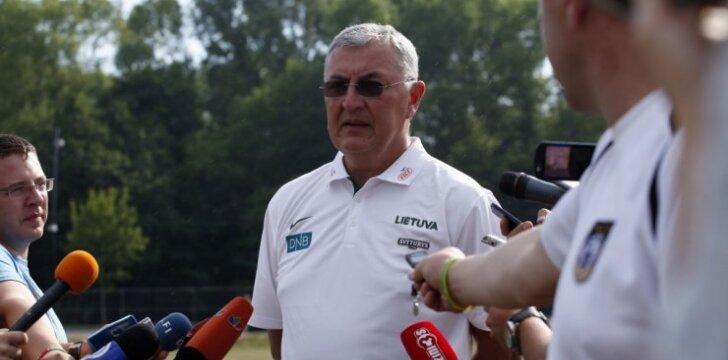 J. Kazlauskas: kardinaliai keičiame pasiruošimą čempionatui