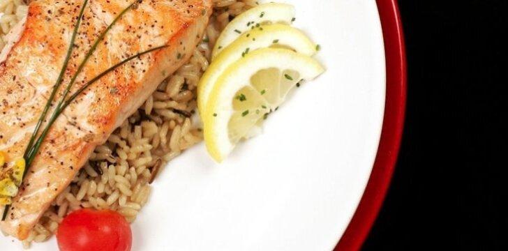 Valgydami žuvį, ilgiau išsaugosite šviesią galvą.