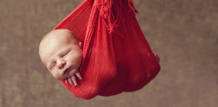 """9 mamos atvirauja, kaip rinko savo vaikams vardus <span style=""""color: #ff0000;""""><sup>apklausa</sup></span>"""