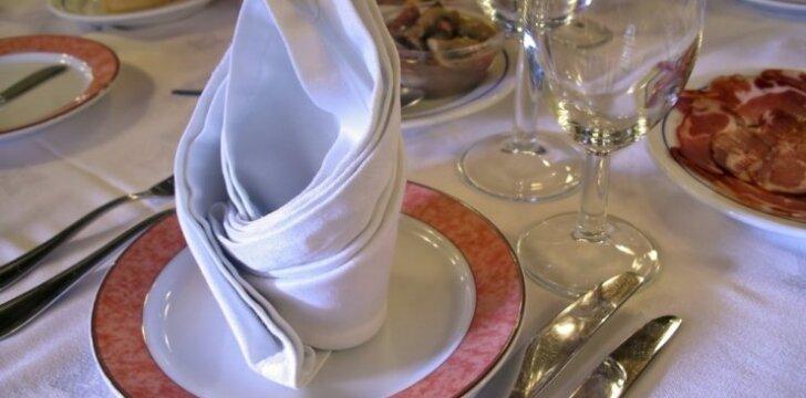 Privaloma žinoti: etiketas restorane ir prie stalo