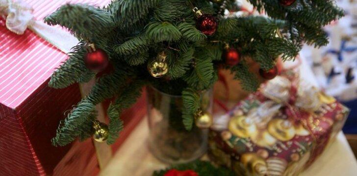 """<span style=""""color: #ff0000;"""">Kalėdinių dovanų karštinė</span>: kokios kosmetikos <strong>GERIAU NEDOVANOTI</strong>"""