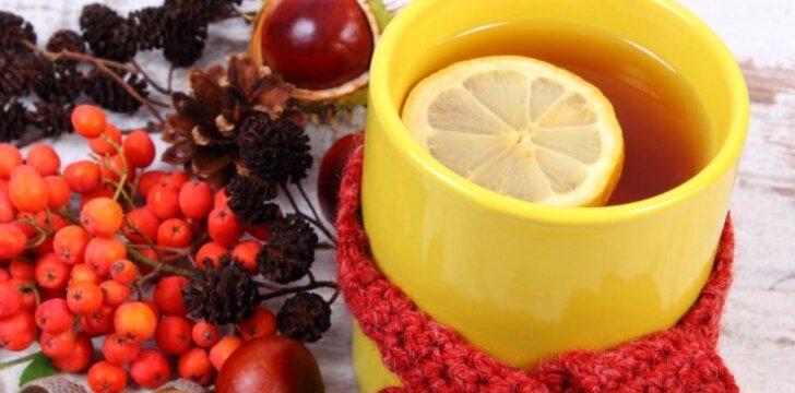 Kurios arbatos geriausiai valo organizmą?
