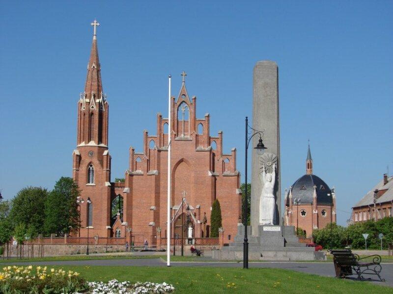 Rokiškio Šv. Apaštalo evangelisto Mato bažnyčia (Rokiškio turizmo informacijos centro nuotr.)