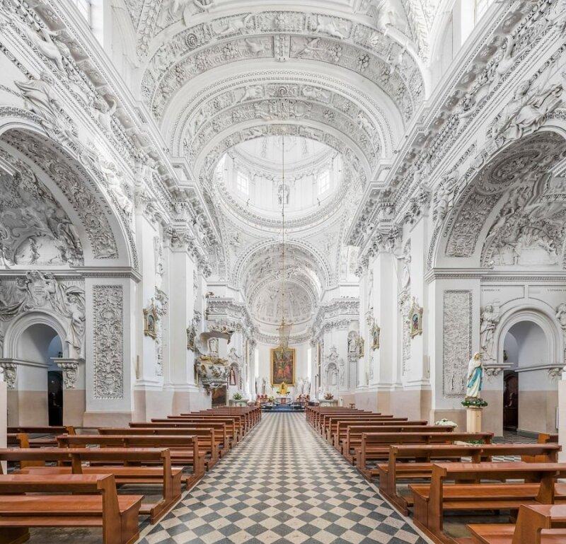 Šv. apaštalų Petro ir Povilo bažnyčia Vilniuje