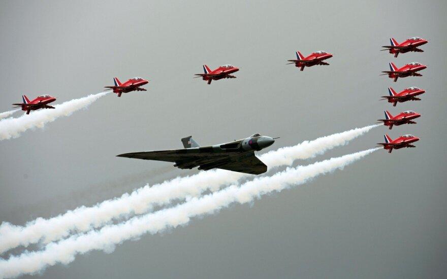 Sudužo britų Karališkųjų oro pajėgų orlaivis