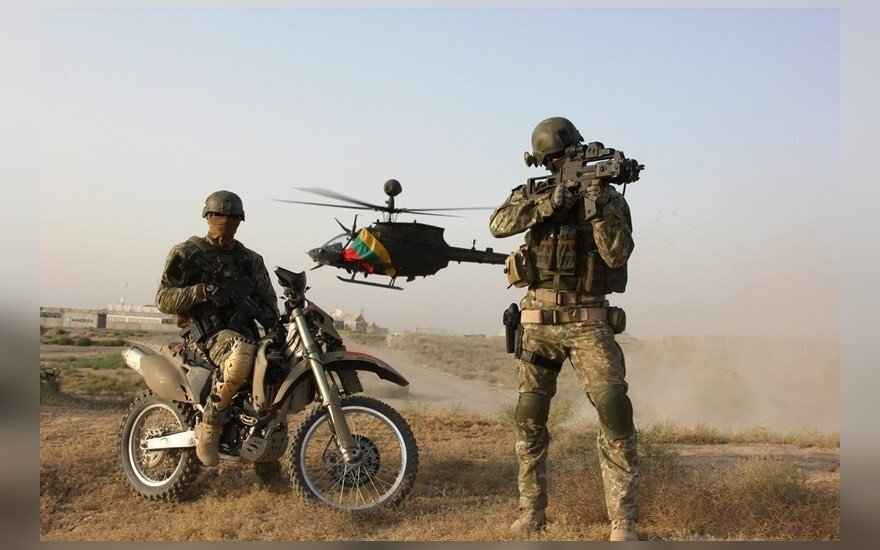 Apdovanoti tarptautinėse operacijose Irake dalyvavę kariai: kiek Tėvynei reikės – tiek važiuosime