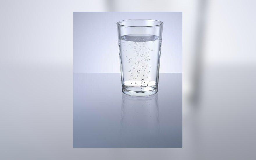 Gal atneštumėte stiklinę vandens?