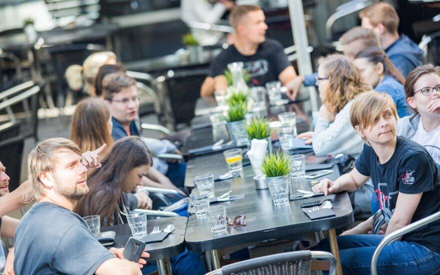 Didmiesčių restoranams prognozuoja juodus laikus
