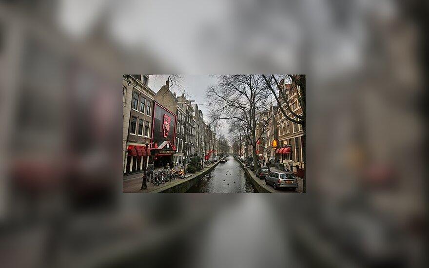 """""""Raudonųjų žibintų"""" kvartalas Amsterdame"""