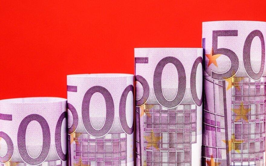 Lietuva mažomis palūkanomis pasiskolino 1,3 mlrd. eurų