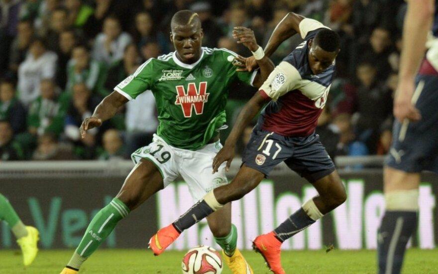 "Florentinas Pogba (""St. Etienne"", kairėje) ir Andre Biyogo Poko (""Bordeaux"")"